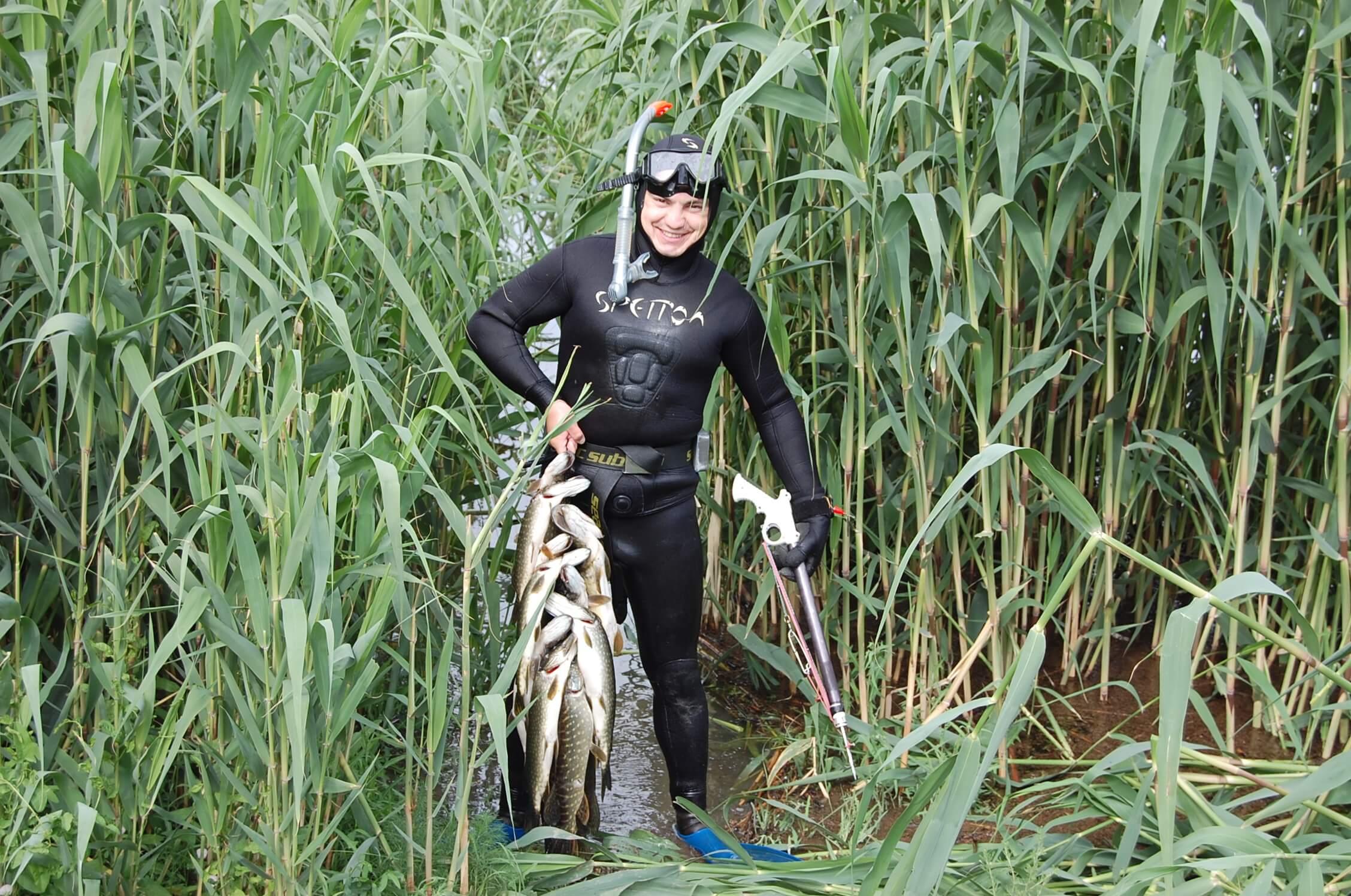 Подводная охота в дельте Волги на раскатах